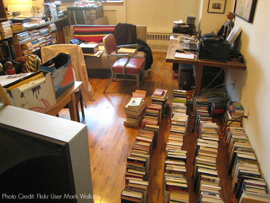 Five Tips to Get Tid of Clutter When Downsizing
