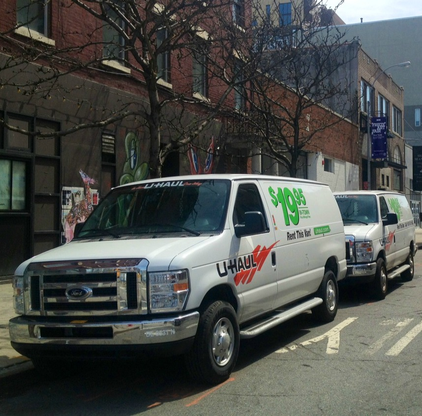 Cargo Vans for Business Use - Parallel Parking