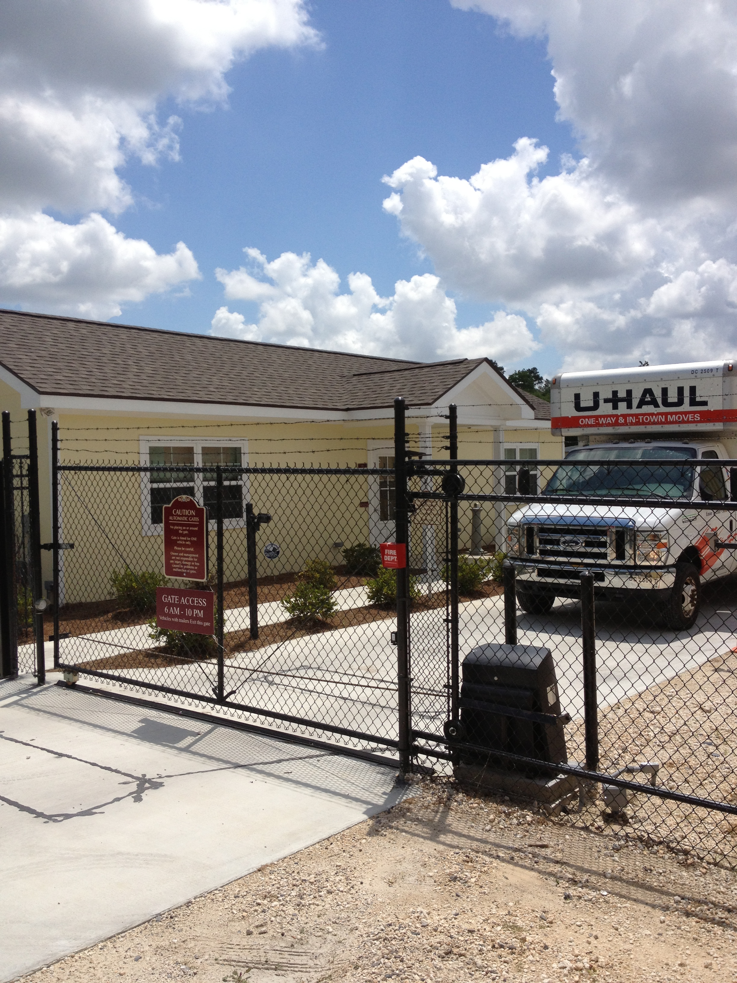 u haul delivers on the need for self storage in lake charles louisiana with the purchase of. Black Bedroom Furniture Sets. Home Design Ideas