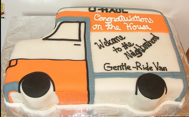 U Haul About Fun Foto Friday U Haul Cake Congrats On The